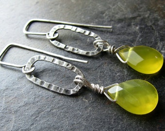 Lemongrass Swing Earrings - handmade Korean jade and silver earrings - hammered texture