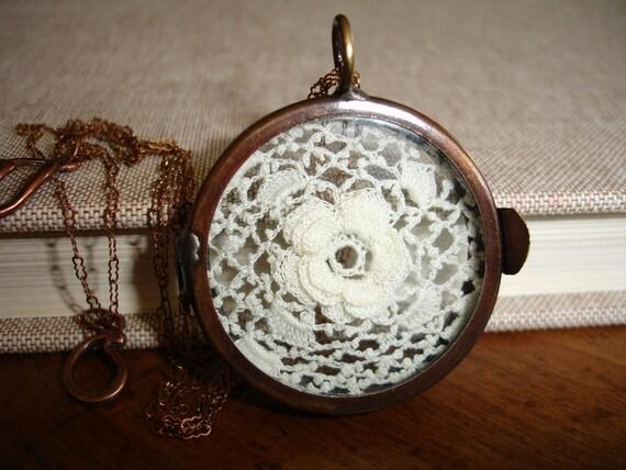 Vintage Irish Crochet Flower Lace Display, Antique Copper Shadow Box Hinged Locket, Vintage Brass Chain, Romantic, Victorian, Timeless