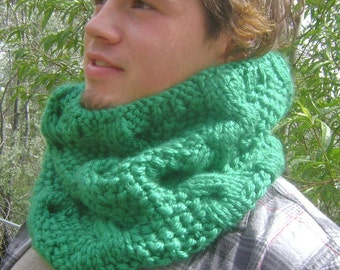 PDF Knitting Pattern, Chunky Cable Knit Cowl