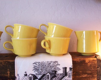 Vintage Ceramic Coffee Cup Set and Creamer