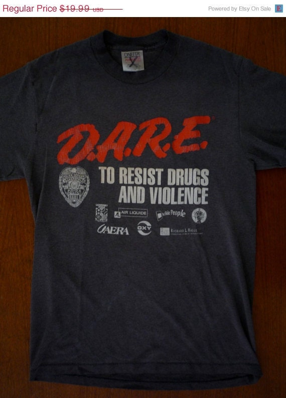 NEW YEARS SALE 19.99 Sale - 80's Vintage D.A.R.E. Faded Black T-shirt