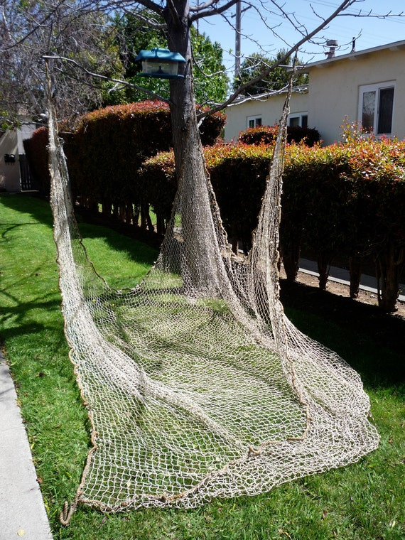 1940's ANTIQUE Hunting/ Duck Blind/ Fishing Net with Thick HEMP ROPE Edges 16' x 14'