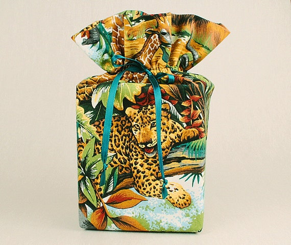 Tiger Tissue Box Cover/Kleenex Box Cover, Jungle Bathroom Accessories/Bathroom Decoration, Tiger Bathroom Accessories/Bathroom Decoration.