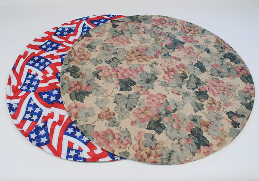 Grapes 4th of july round table runner round table cloth for Round table runner quilt pattern