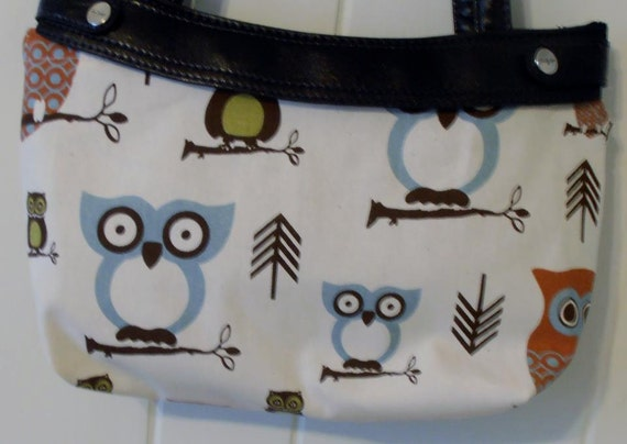 Handmade skirt purse made to fit 31 thirty one purse by Cara - OWLS