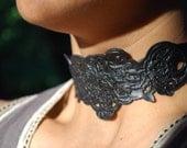 "Black Leather Choker Necklace ""The Ambassador"" (embossed)"