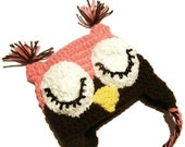 PHOTO PROP  Chunky Crochet Baby Sleepy Owl Hat with Earflaps,  Pink & Chocolate - Cwtch Bugs UK Seller