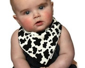 NEWBORN Bandana Bib in Cow Print with Bamboo & Organic Cotton Fleece - A Different Baby Gift Idea by Cwtch Bugs