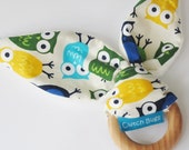 Natural Wooden Teething Ring Soother in BLUE OWLS fabric and Bamboo Terry....a baby gift idea from Cwtch Bugs