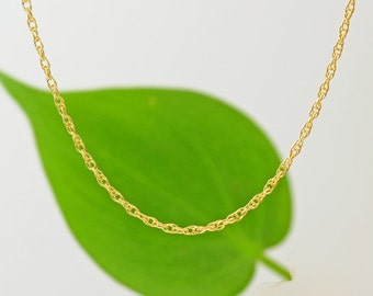 14K Delicate Gold Necklace, Thin and feminine, Minimum Jewelry, Minimalist, 14K Yellow Gold,  everyday jewelry, 14K Necklace