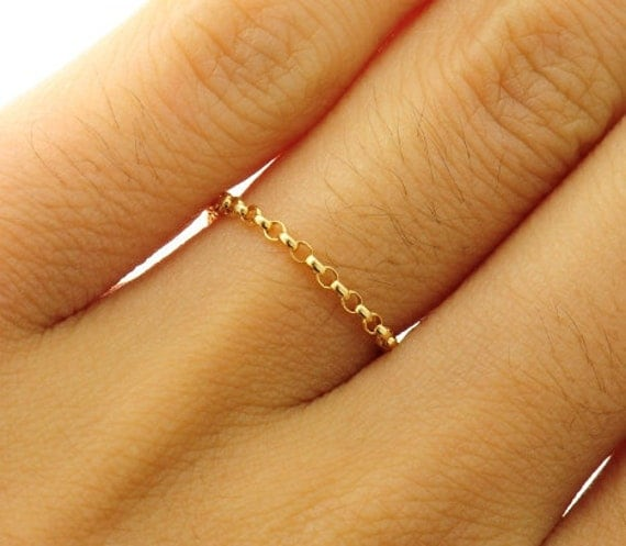 Gold  chain ring,  Custom Size, Thin and feminine, Minimum Jewelry,  rolo chain, everyday jewelry - Fifi LaBonge-