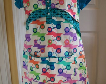 Teachers Apron, Lounging Lions and Teal Footprints Women's Full Apron with buttons, Ready to ship