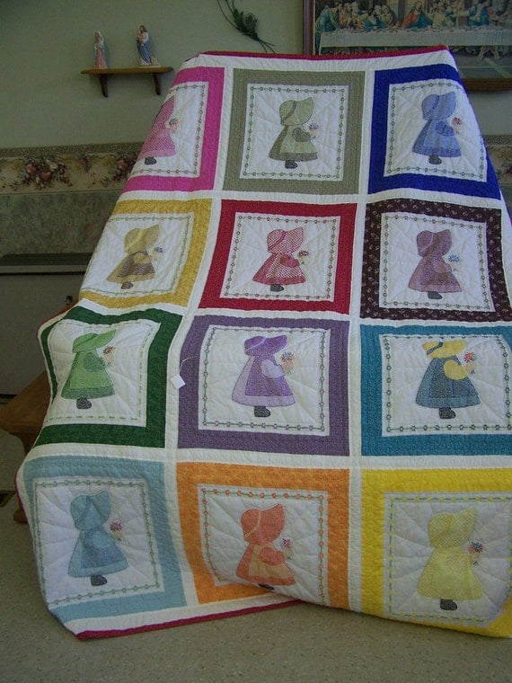 Items similar to Dutch Girl Quilt on Etsy