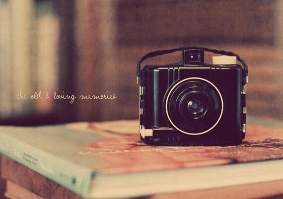 Vintage Camera Art, Vintage Film Camera, Shabby Chic Art, Still Life Photo, Retro Camera Art, Retro Camera Photo, Vintage Camera Photo