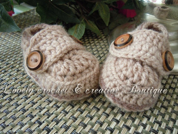 Crochet Baby Booties - boy Loafers mocca and brown sugar trim 0 - 3 months