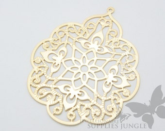 P161-02-MG// Matt Gold Plated Gothic Filigree Pendent, 2pcs