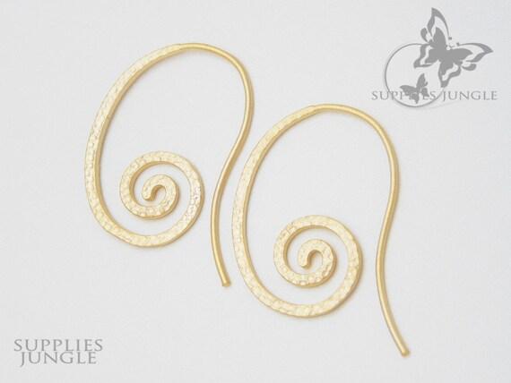 E108-MG// Matt Gold Plated Swirl Earwire, 2 pcs