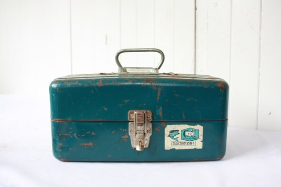 Vintage Mastercraft Tackle Box Teal Rusty Industrial