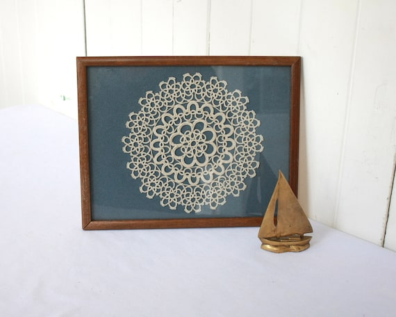 Vintage Doily, Framed Doily, Hand Tatted Doily, Cottage Decor, Shabby Chic Decor, Nautical Decor, Blue and Cream