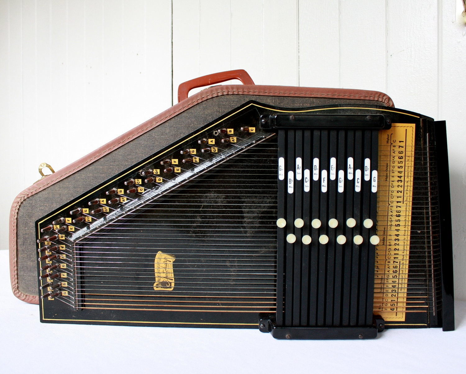 Aluminum String Anchor as well Freedom Harp Canvas Bag as well Autoharp further Sparrowharp Left Handed 18 Bar likewise 1609480 Oscar Schmidt 21 Chord Autoharp Solid Spruce Top Mahg Back Os10021 W Soft Case. on oscar schmidt autoharp parts