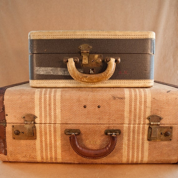 Antique Retro Suitcase,  Rustic and Worn Small Train Luggage