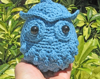 SALE  Round Owl in turquoise  with clasp attached  Crochet and stuffed