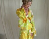 Reserved for Pamela-Cotton Kimono Robe - Getting Ready Robe - Dressing Gown - Knee Length - Summer Robe  - New Mommy Robe - Vintage Fabric