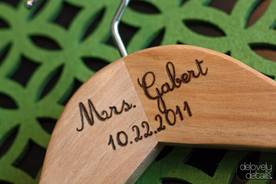 Customized/Personalized Bridal Hanger for Wedding Dress - Wooden