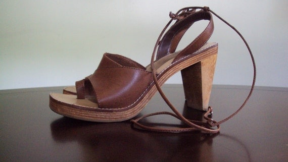 """Vintage SIZE 7 Made in Brazil Wooden Heel and Leather """"Carmen"""" Lace-Up Sandals"""