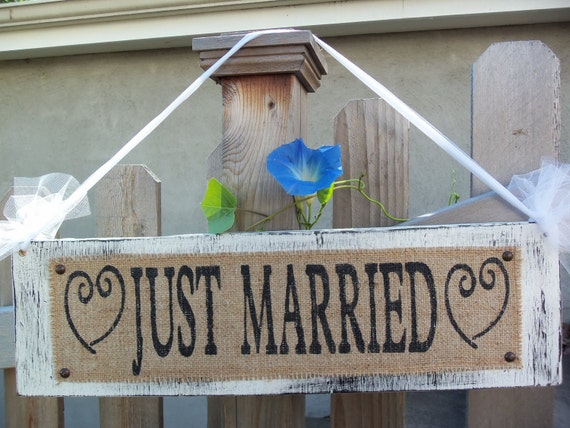Just Married SIGN, Vintage Wedding Decor, Shabby Chic Mr and Mrs sign