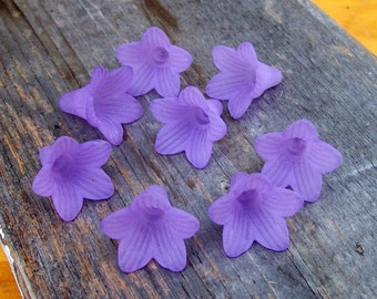 Purple Frost Lucite Trumpet Flowers (8)