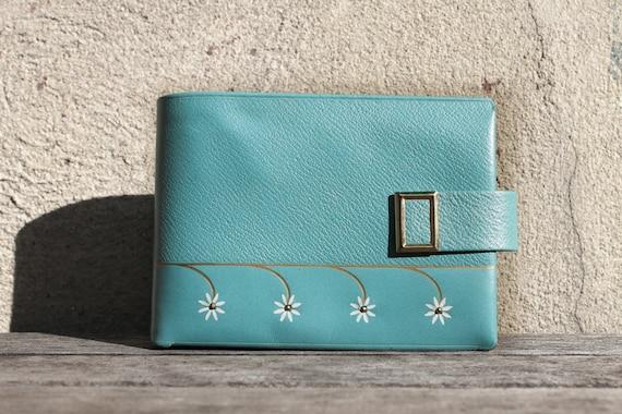 Vintage Blue Leather Wallet, 1950s, Retro, Sky Blue, Pastel Blue, Daisy Flower Spring