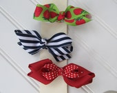 Toddler or baby Girl's hair bows, Choose your color, great every day hair bows
