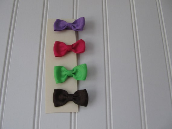 Toddler or baby Girl's set of 4 tiny hair bows,  great every day hair bows