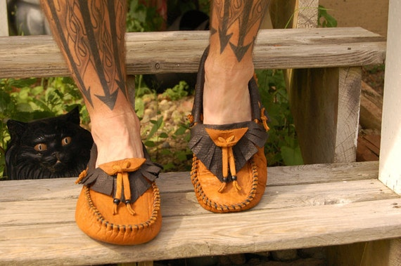 Custom Raven style Buffalo Moccasins:  Mens US size 4-11 or Womens US size 5-12