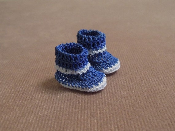 Dollhouse Miniature Slippers - Pair Blue and White