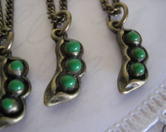 Three Peas in a Pod Friendship Necklaces