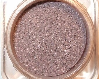 PANDORA - Mineral Eye Shadow - 3 Grams or 5 Grams - Frosted Lilac