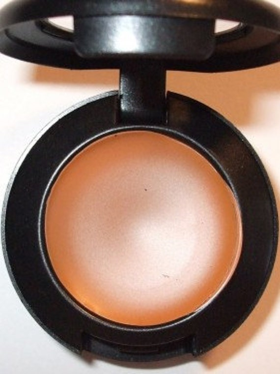 Sale - CREAM CONCEALER  NW 3.5  Light Weight Long Wearing Water Resistant