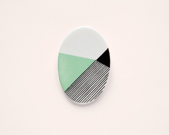 Oval N3 - Geometric Ceramic brooch