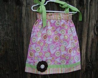 Girls Pillowcase Dress Infant toddler Custom..Flower Buds...sizes 0-6, 6-12, 12-18, 18-24 months, 2T, 3T..Bigger sizes AVAILABLE