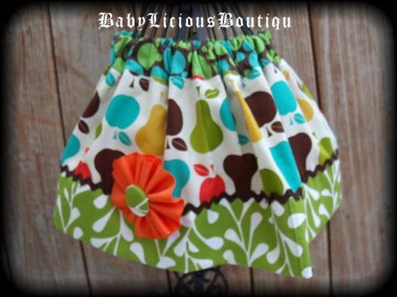 Girls Skirt Custom..Apples & Pears..Available in 0-12 months, 1/2, 3/4, 5/6, 7/8, 9/10 Bigger Sizes Available
