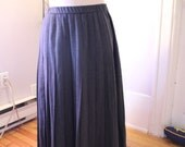 Clearance Plus Size VTG 70s wool pleated skirt 36 waist XL L