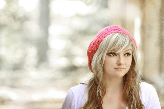 Plush Pink Beret. Hat, Crochet, Magenta, Soft, Warm