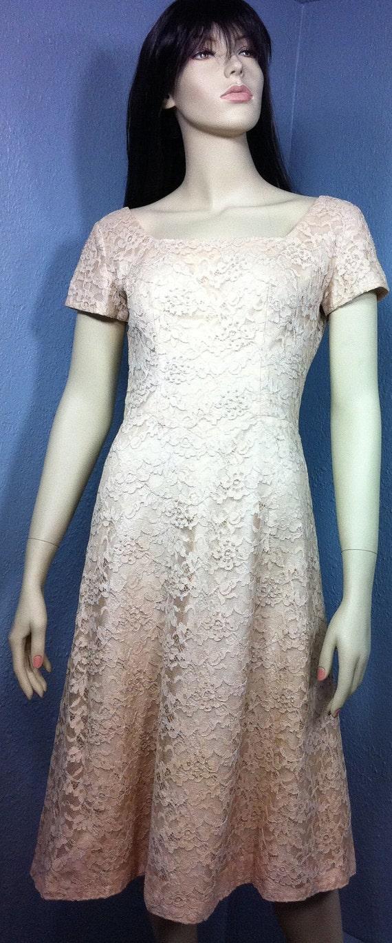 SALE Cream & Pearl Lace dress 1950 SALE