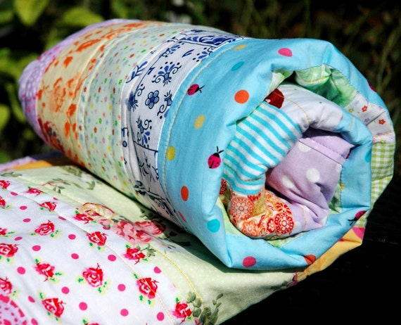 """LaNina Nr. 37 - """"Indie Flowers"""" - colorful baby quilt"""