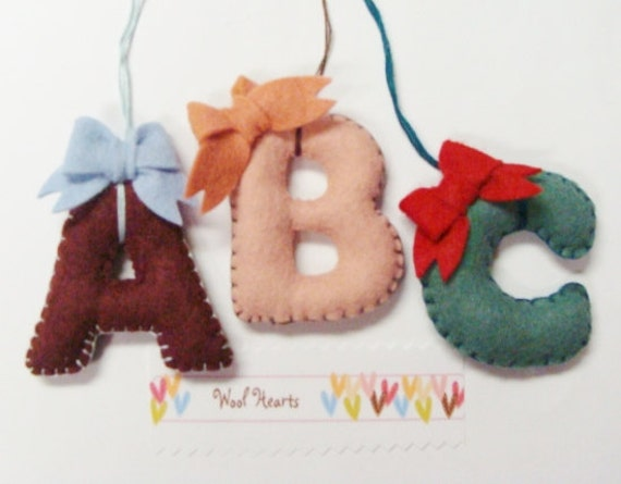 Bow letters pdf pattern capital letters with bows instant for Wool felt letters