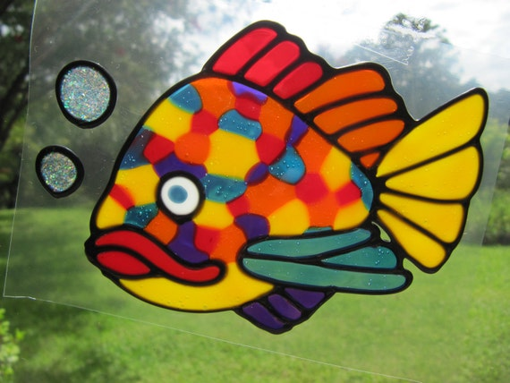spotty fish Suncatcher window sticker/decal stained glass style Sunshiner
