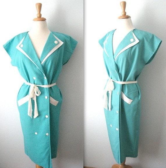 Vintage 80s - aquamarine blue double breasted - white trim - size 12