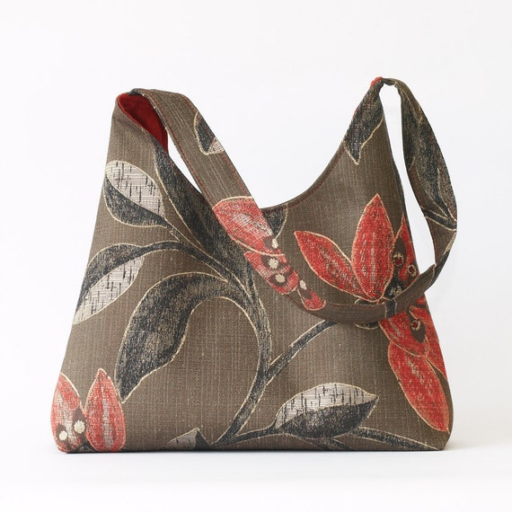 Women's Floral Shoulder Bag in Brown and Red